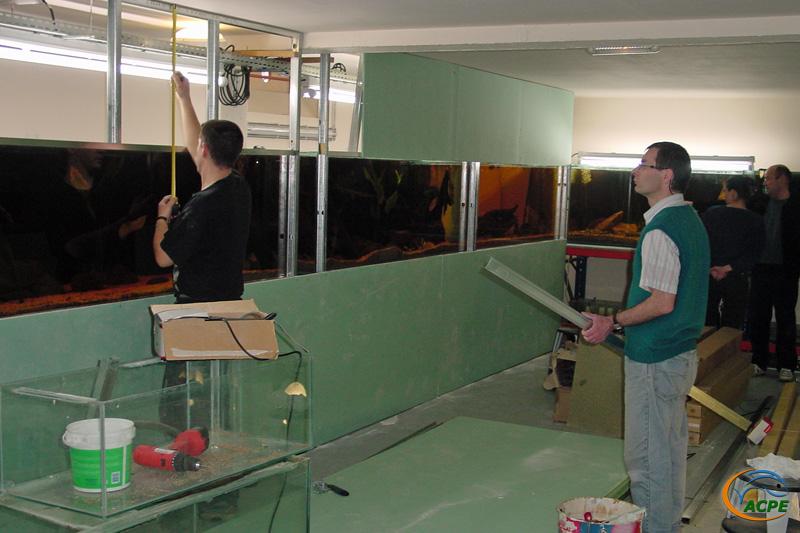 23 février 2003, pose de plaques de plâtre sur le côté gauche