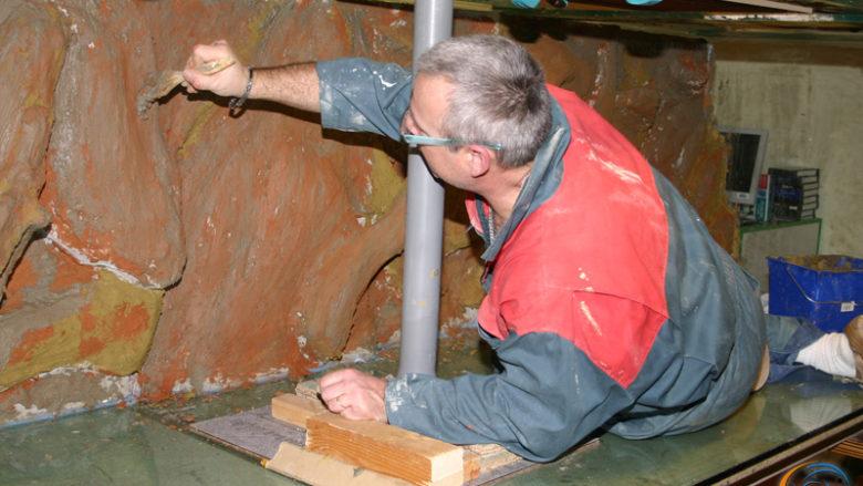 4 mars 2010, réalisation du décors de l'aquarium de 3000 litres