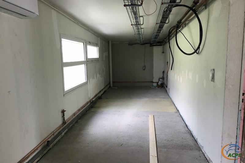 30 août, l'atelier, au dos de la salle d'activité, avec la zone atelier