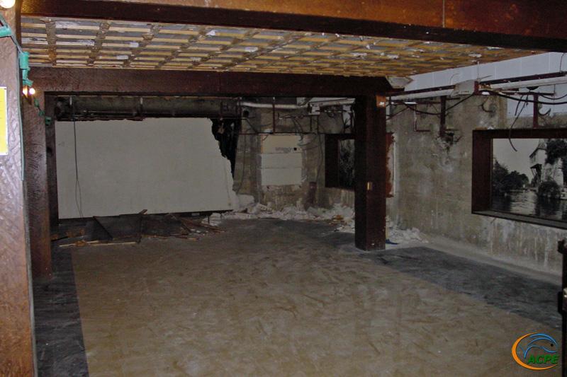 13 juin 2001, mise à nu des murs et plafonds