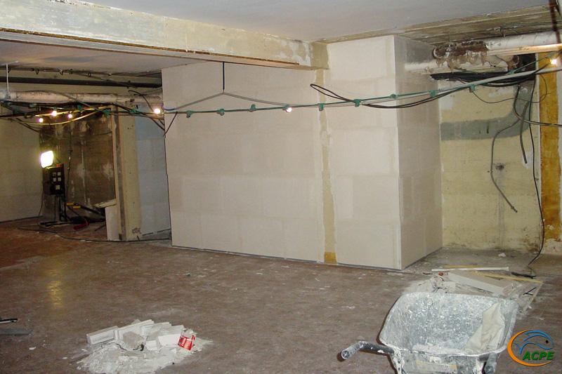 26 juin 2001, cloisonnement des armoires électriques du bâtiment