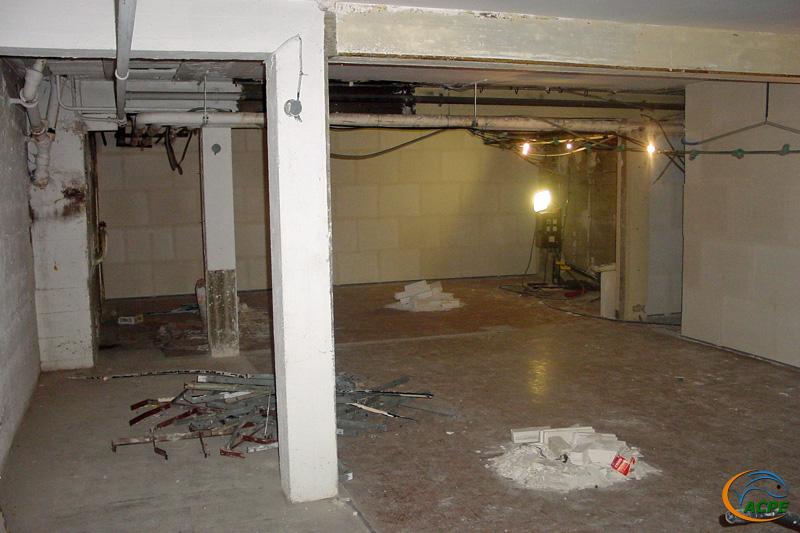 26 juin 2001, les travaux avancent dans la future salle d'activité