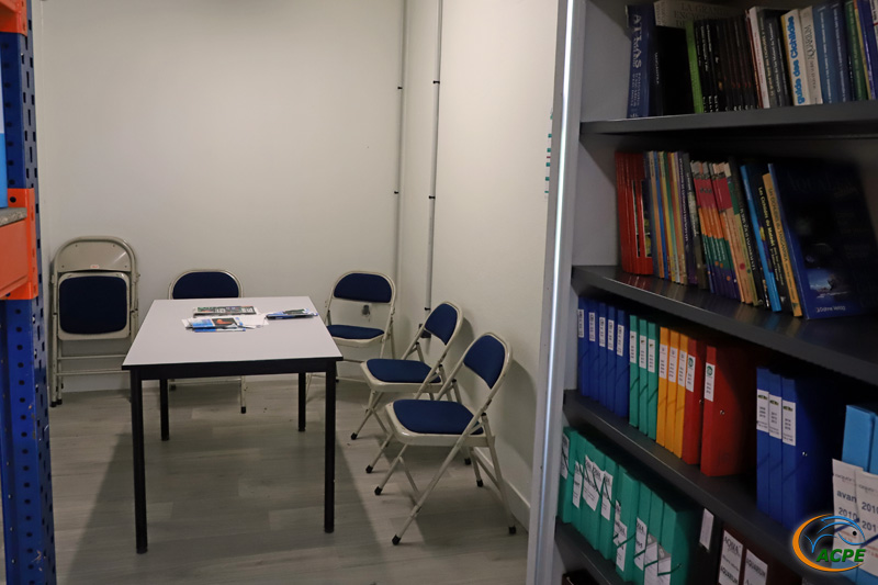 Espace réunion/bibliothèque (août 2021)